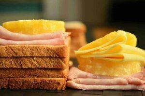 prosciutto e formaggio frittata