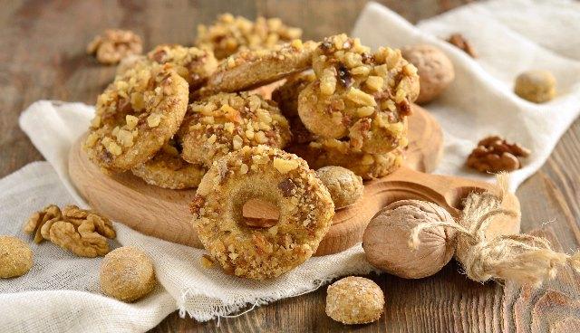 Biscottini di mais e noci