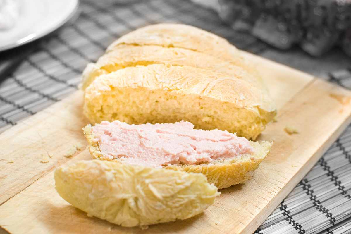 crostini con crema di prosciutto