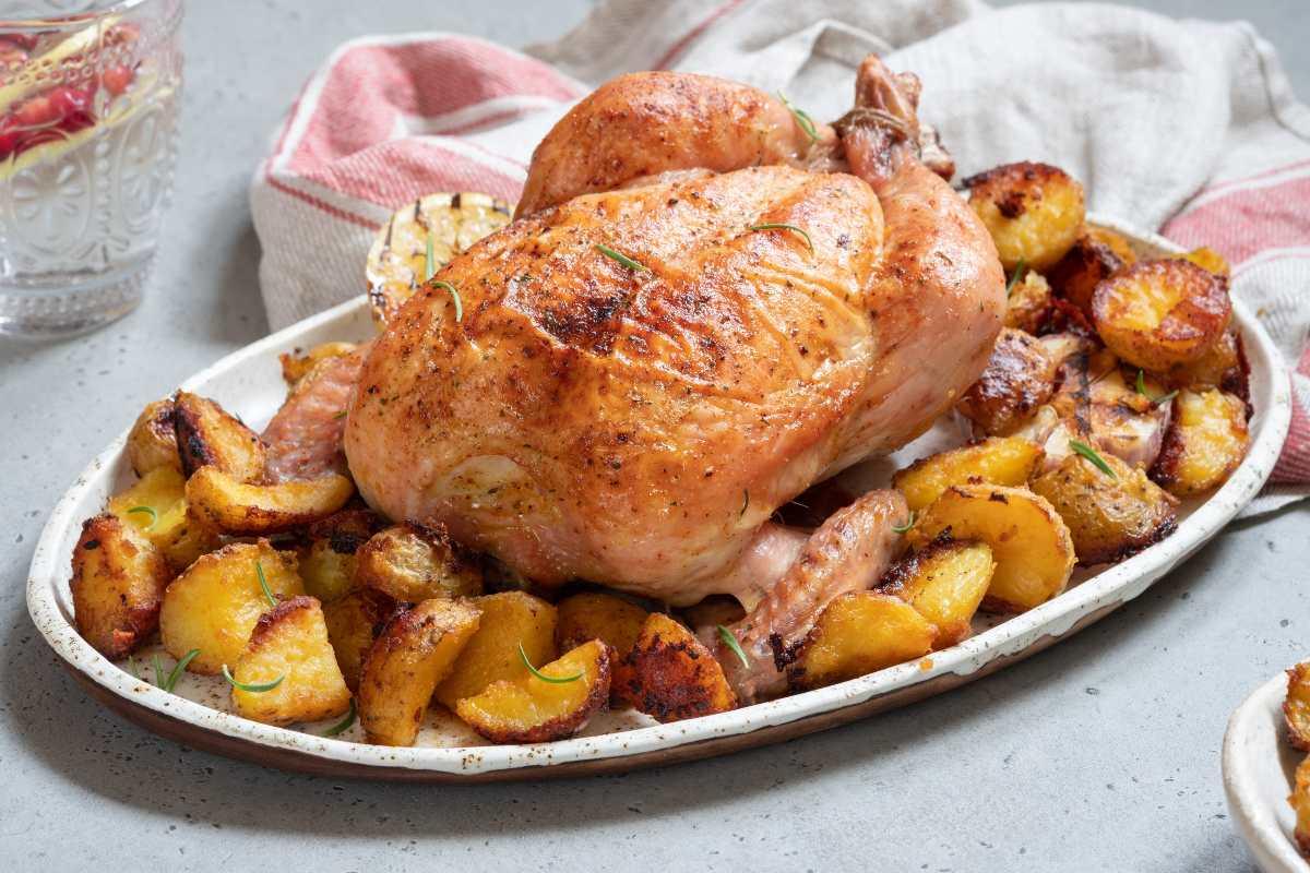 Pollo arrosto perfetto: tutti i trucchi utili