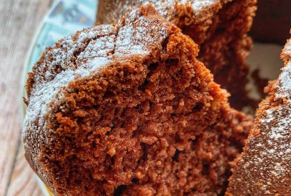 Torta cachi e cacao soffice e facilissima