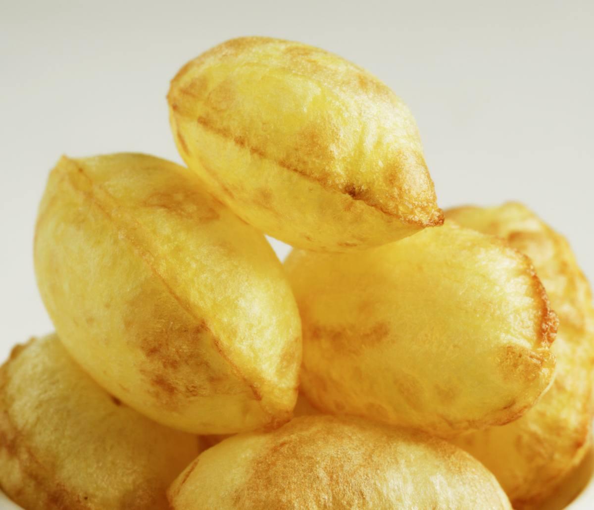 Ecco il trucco per fare le patate soffiate a forma di nuvola!