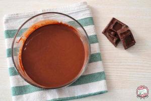cioccolato fuso in bowl di vetro
