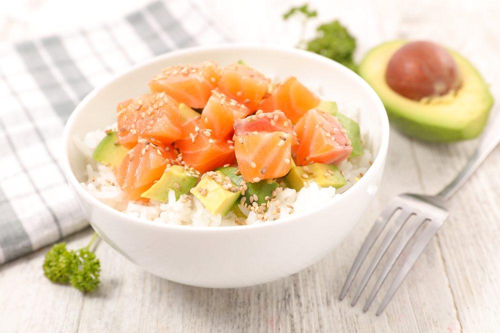 Poke salmone e avocado