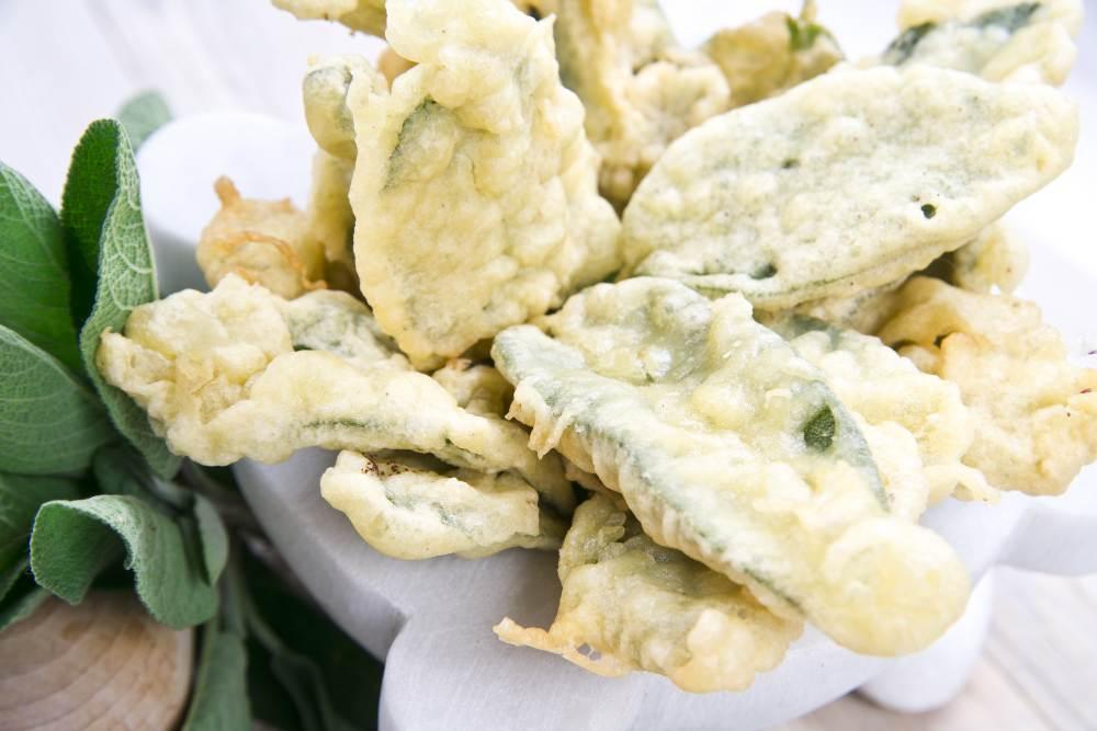 Chips di salvia fritta