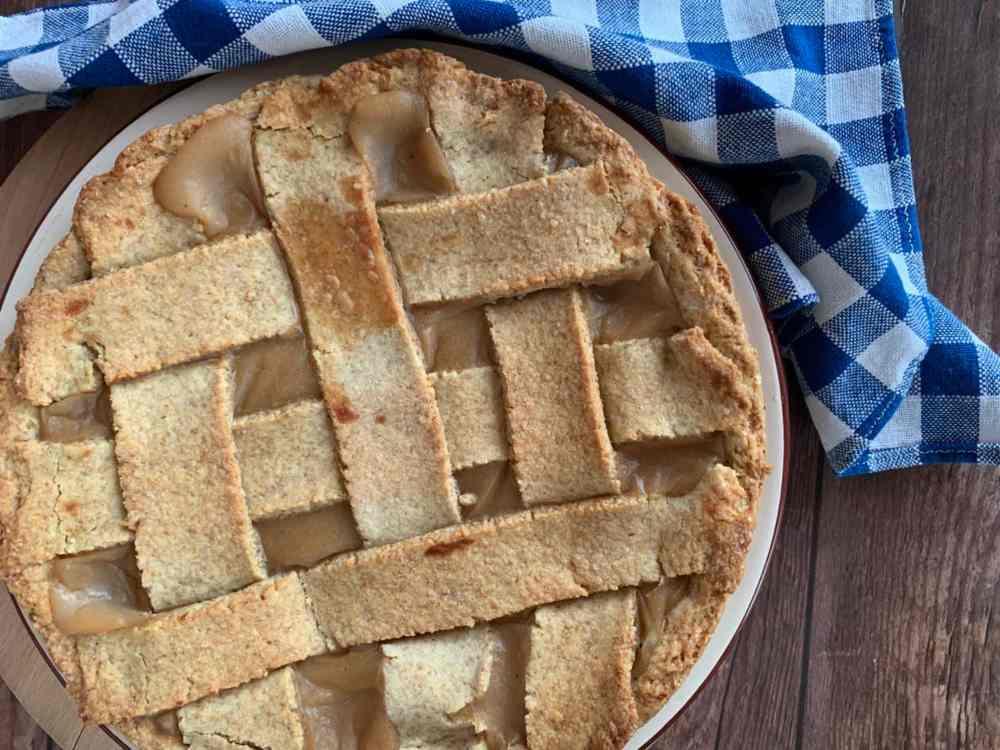 Crostata rustica integrale con crema di caco e pera