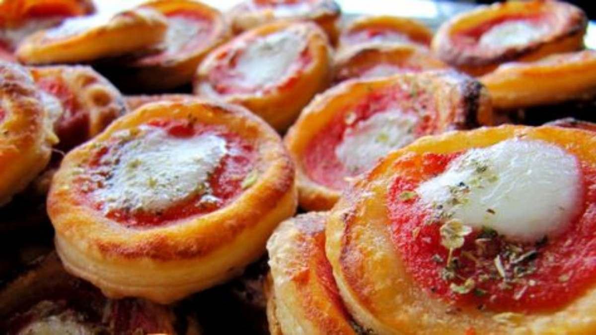 pizzette rosse di sfoglia
