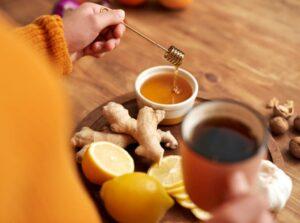zenzero e limone con miele