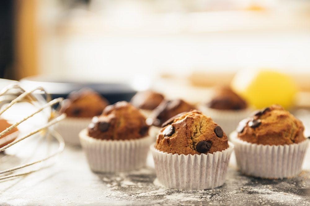 Ecco il trucco per non far ungere gli stampi per muffin in cottura!
