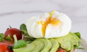 Uovo Poché, l'uovo a forma di mozzarella!