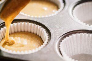 il trucco per non far ungere gli stampi per muffin in cottura!