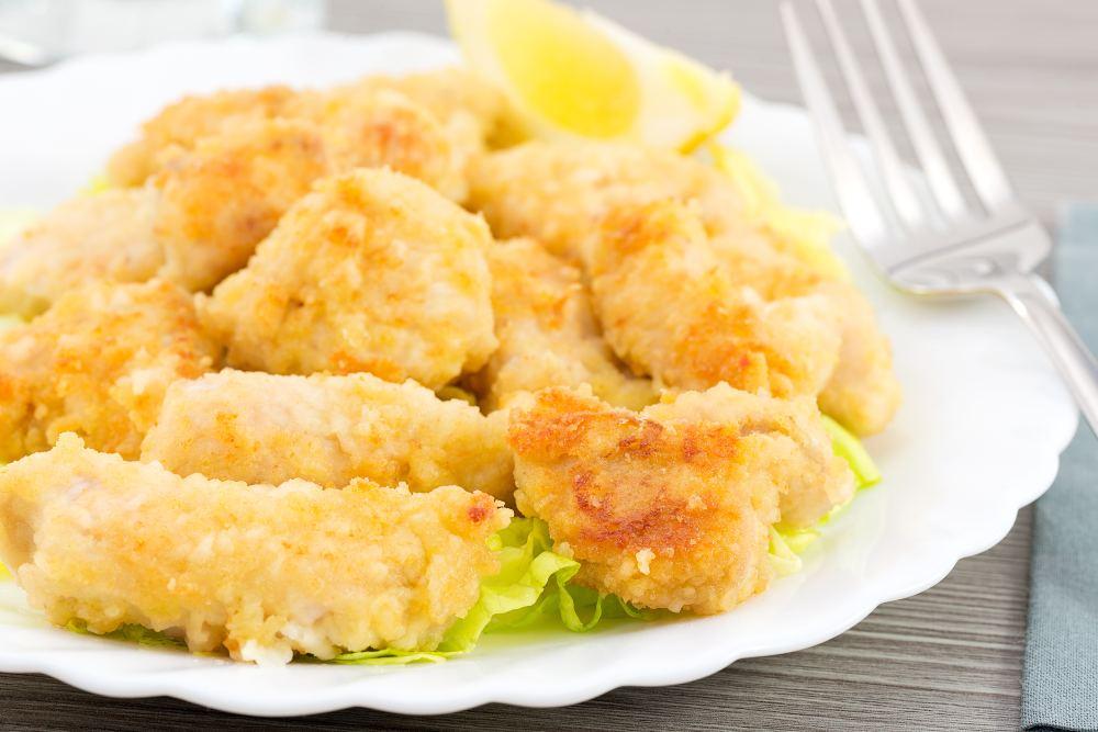 Bocconcini di pollo dorati, al forno