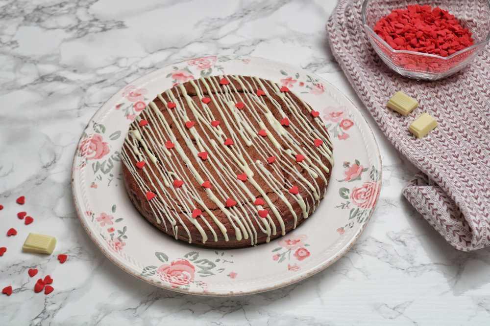 Torta al doppio cioccolato dal cuore fondente
