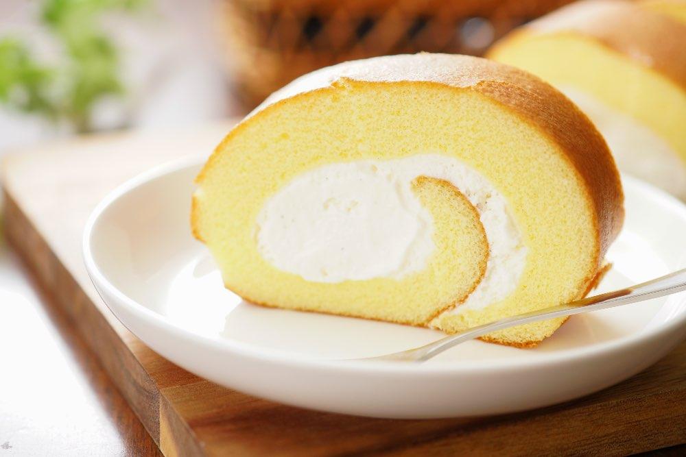 Rotolo con crema di latte morbido e facile da preparare