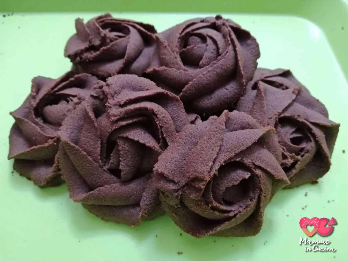 rose di pasta frolla montata