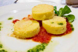 Gnocchi alla romana al pomodoro