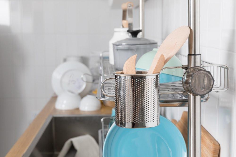 Scopri come cucinare e tenere la cucina pulitissima mentre lo fai!