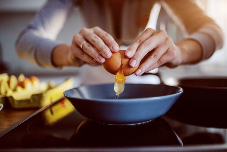 Stai per rompere le uova? Attenta!