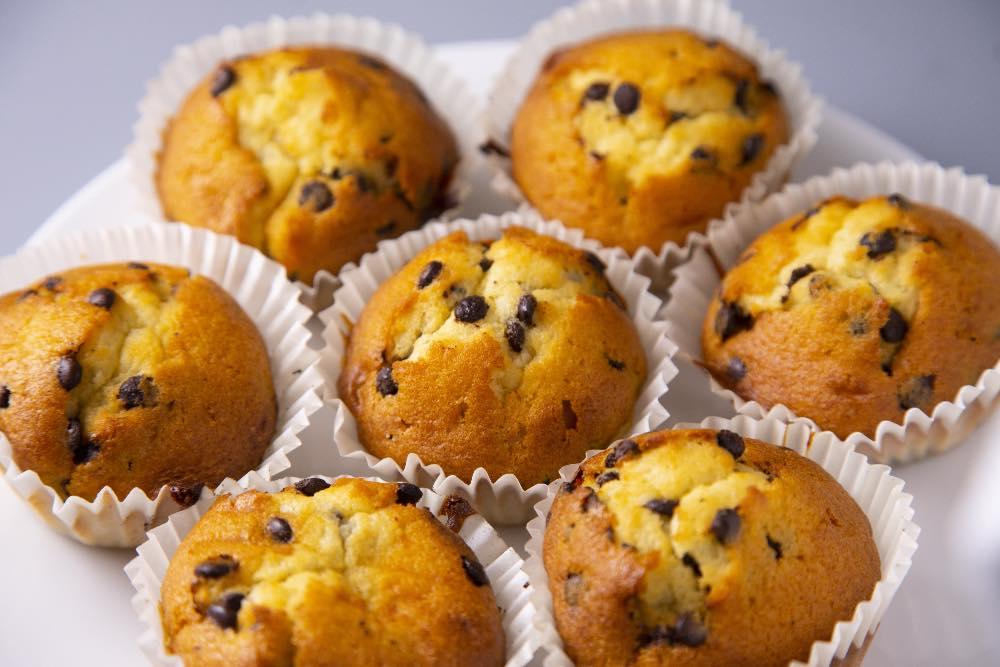 Muffin morbidi e veloci senza olio, senza burro e senza latte