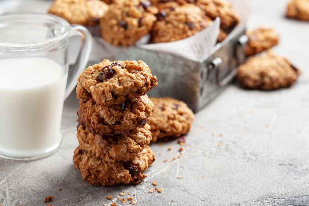 Biscotti alle noci inzupposi per sole 50 calorie