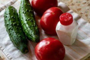 pomodori e cetrioli
