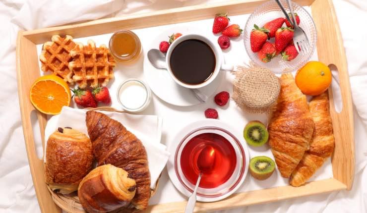 colazione al letto