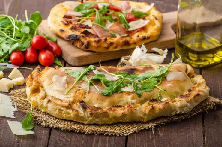 test pizza vs calzone